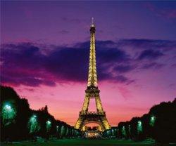 Освещение Эйфелевой башни