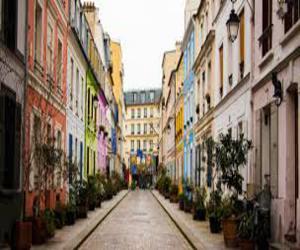 Улица Cremieux в Париже